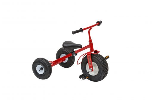 1200 kids play tricycle